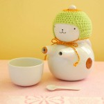 Teapot with a cold