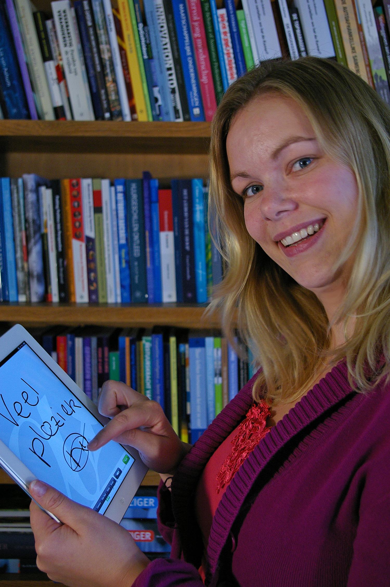 Natasja-Oosterloo---Autography-Eburon-persbericht